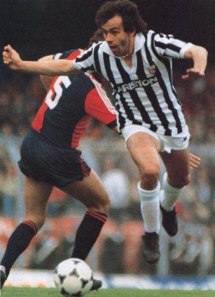 Genoa_vs_Juventus_-_1984_-_Michel_Platini